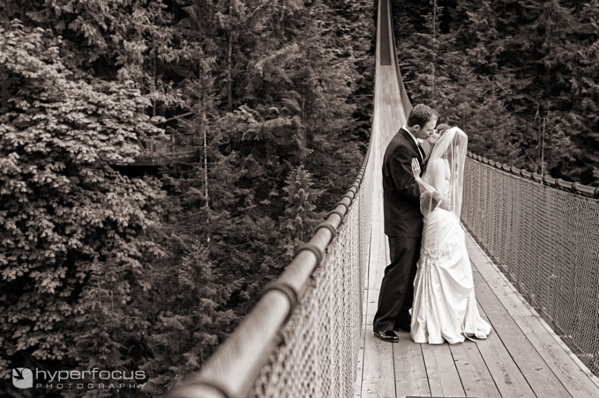 wedding_photographer_capilano_suspension_bridge__006
