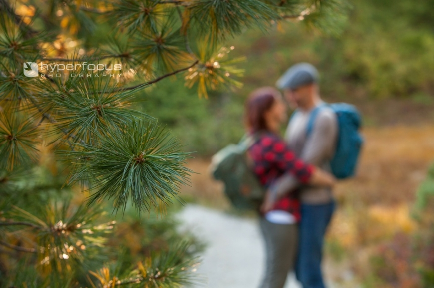 forest_hike_engagement_photography_vancouver_SN02