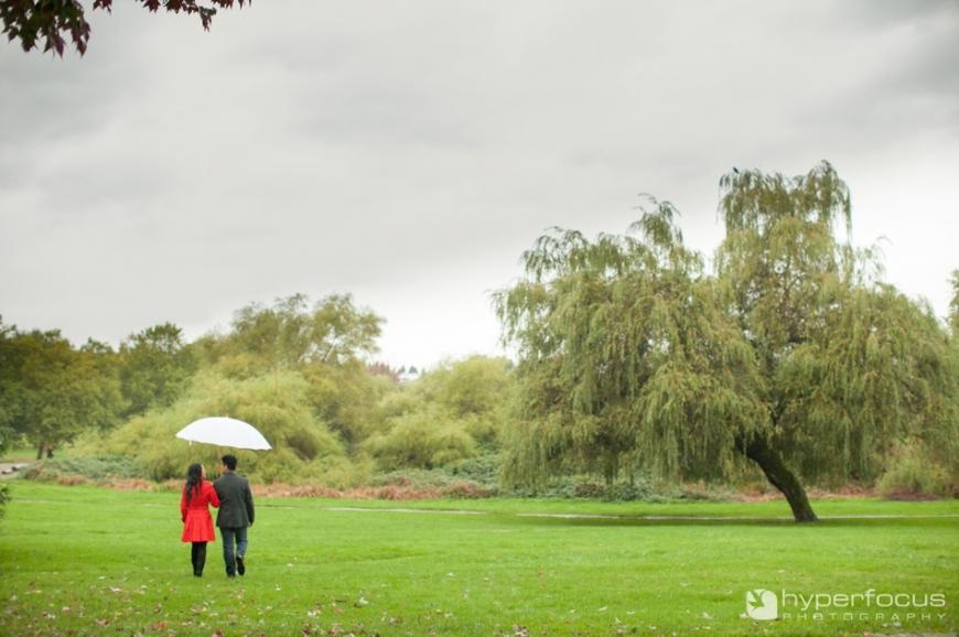 Vancouver_Rainy_Day_Engagement_Sushi_14