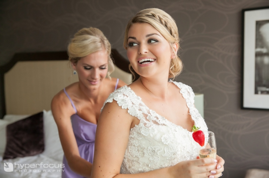 grouse_mountain_wedding_north_vancouver_pinnacle_hotel_05