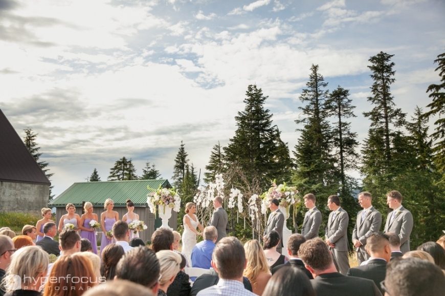 grouse_mountain_wedding_north_vancouver_pinnacle_hotel_14