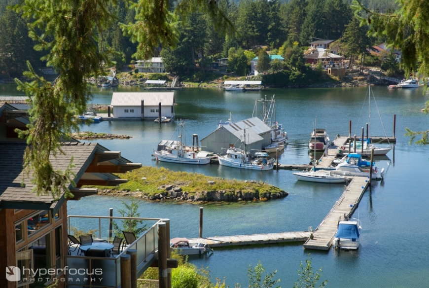 pender_harbour_wedding_photography_painted_boat_resort_10