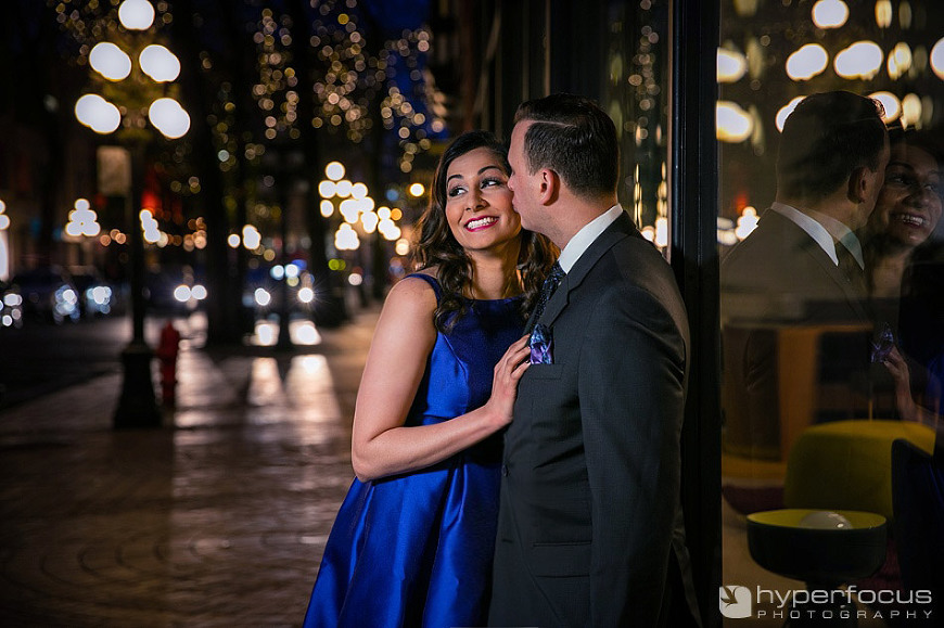 night_evening_gastown_vancouver_engagement_session_01