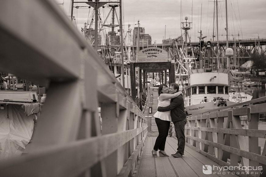 fishermans_wharf_vancouver_seaside_spring_engagement_session_11