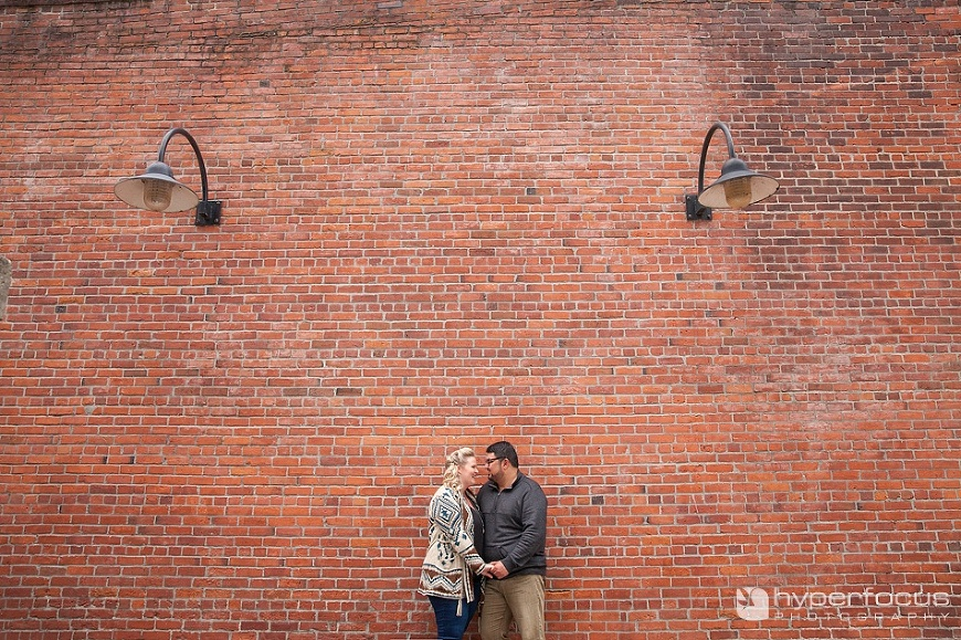 vancouver_engagement_photography_yaletown_roundhouse_04