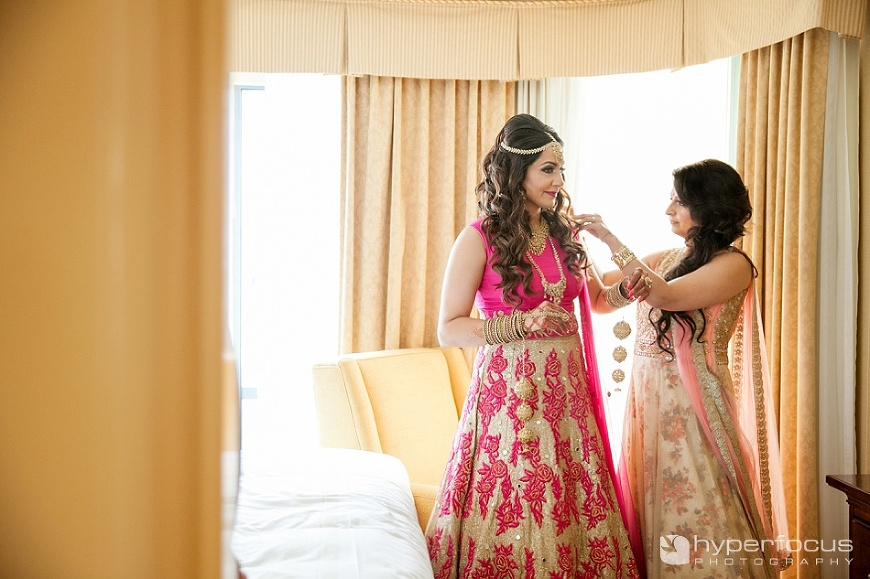 vancouver_wedding_photographer_indian_wedding_ubc_boathouse_07