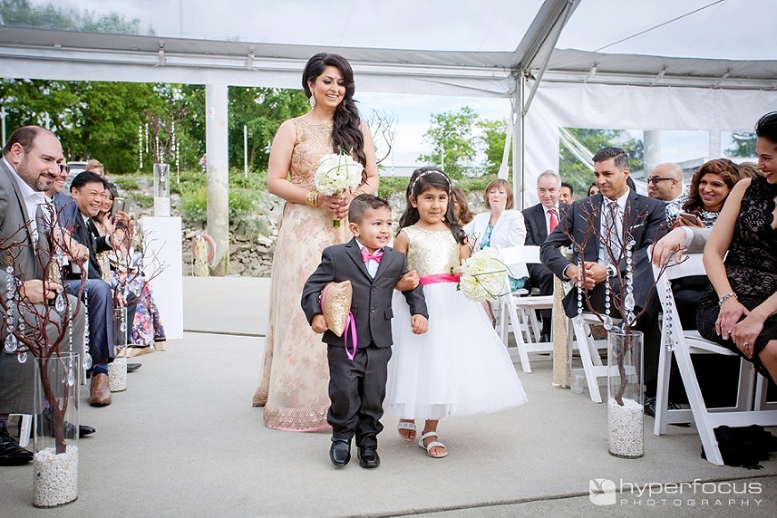 vancouver_wedding_photographer_indian_wedding_ubc_boathouse_17