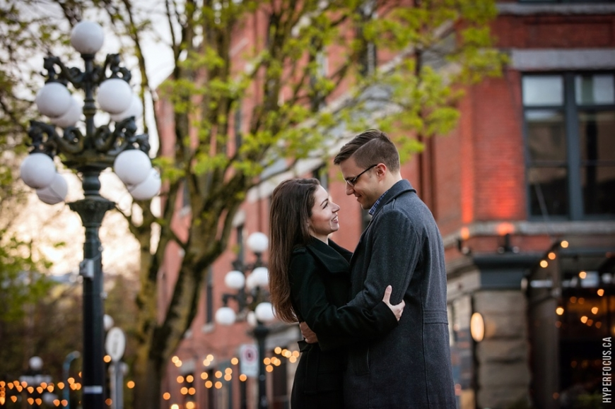vancouver-engagement-gastown-photos-
