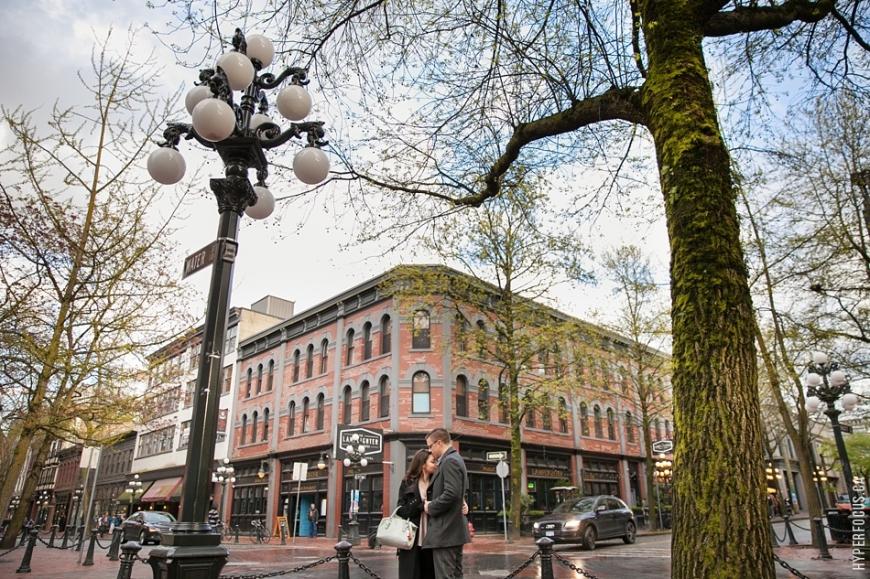 vancouver-engagement-gastown-photos-